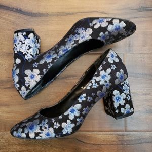 14th & Union Black Blue and Silver Floral Heels